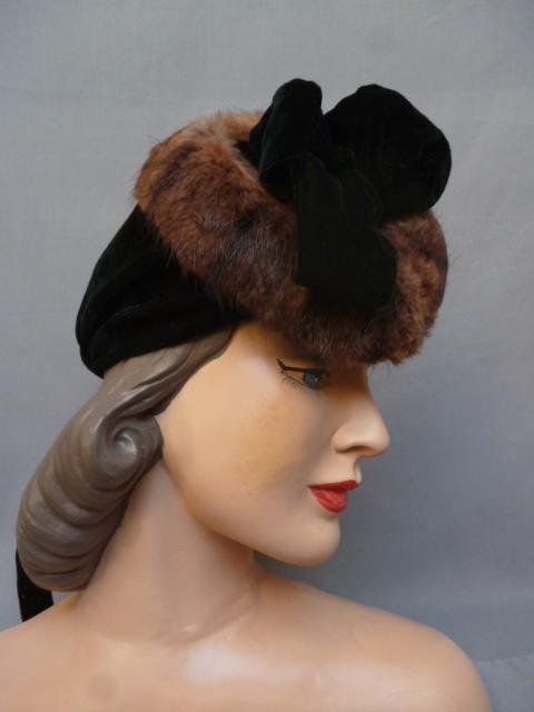 1940s Black velvet and fur with velvet ribbon tie view c2530b20dc87